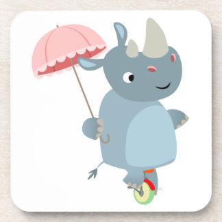 Rhinocéros avec le parapluie sur des caboteurs de  dessous-de-verre