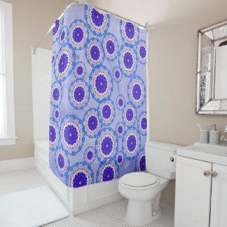 Rideau en douche bleu de couleur de denim de