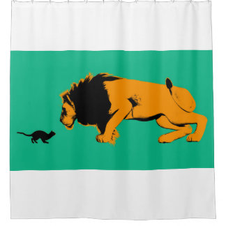 Rideaux De Douche Chat contre le lion prêt à combattre ou prendre