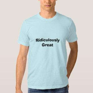 Ridiculement grand t-shirt