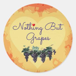 Rien mais autocollant de coeur de raisins