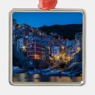 Riomaggiore la nuit Cinque Terre Ligurie Italie Ornement Carré Argenté