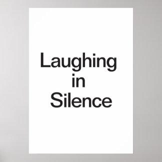 Rire dans le silence poster