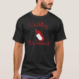 Risque d'incendie de marche t-shirt