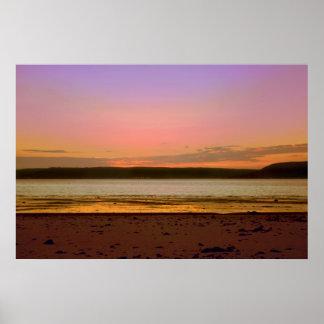 Rivage de coucher du soleil posters
