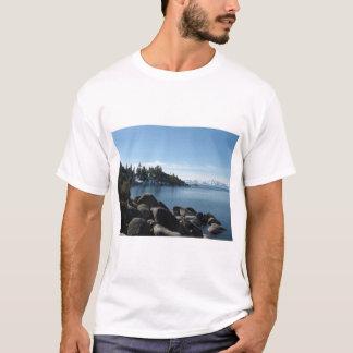 Rivage du nord le lac Tahoe, village de pente, T-shirt