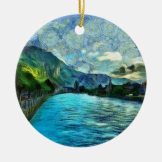 Rivière fonctionnant par Interlaken Ornement Rond En Céramique