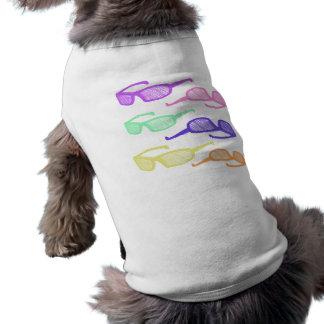 Riyah-Li conçoit des lunettes de soleil vêtements pour animaux domestiques