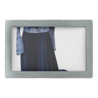 Robe bleue médiévale de femme sur le simulacre sur boucle de ceinture rectangulaire