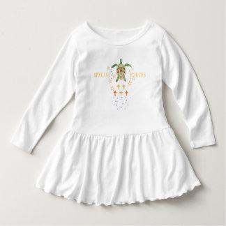 """Robe de ruche d'enfant en bas âge """"de forces"""