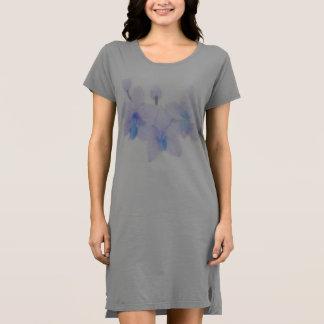 Robe de T-shirt d'orchidée bleue