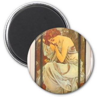 Robe femelle de dame d'affiche d'art déco de Mucha Magnet Rond 8 Cm