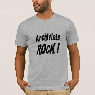 Roche d'archivistes ! T-shirt