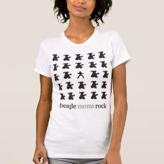roche de mamans de beagle avec un elvis t-shirt