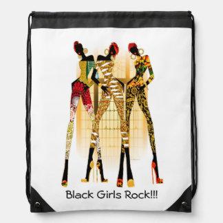 Roche noire de filles sacs à dos