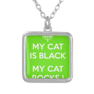 Roches de chat noir pendentif carré