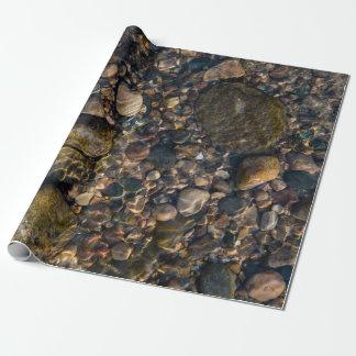 Roches et pierres en nature papiers cadeaux