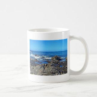 Roches sur le beach01 mug