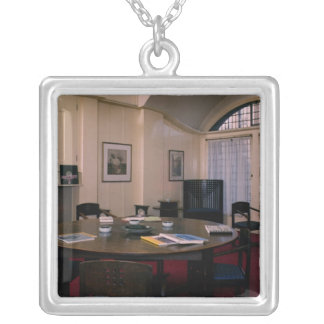 Room de directeur pendentif carré