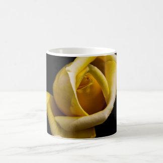 Rosa jaune mug