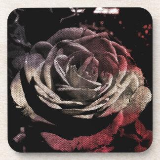Rose beige et rouge texturisé dessous-de-verre