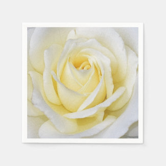 Rose blanc et jaune serviette jetable