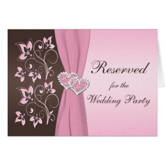 Rose, carte jointive florale de coeurs de Brown
