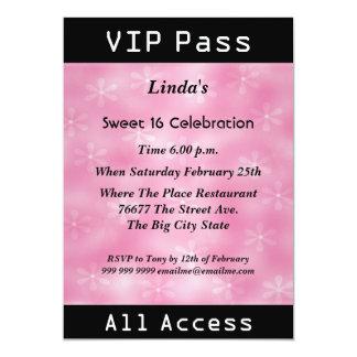 Rose de fête d'anniversaire du bonbon 16 à passage carton d'invitation  12,7 cm x 17,78 cm