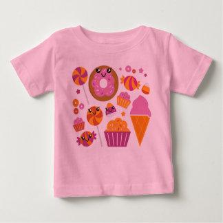 Rose de T-shirt de concepteurs avec des caractères