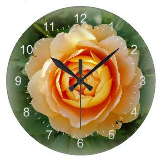 Rose d'or grande horloge ronde