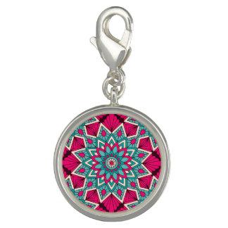 Rose et motif floral de mandala de turquoise breloque