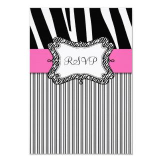 Rose noir de rayure de zèbre épousant la carte de carton d'invitation 8,89 cm x 12,70 cm