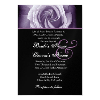 Rose noir et de pourpre épousant le papier carton d'invitation  12,7 cm x 17,78 cm