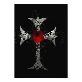 Rose rouge et douche nuptiale gothique croisée bristol