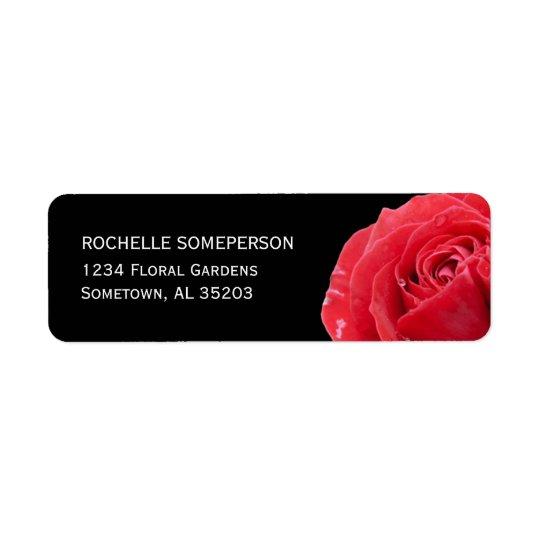 Rose rouge sur le noir étiquettes d'adresse retour