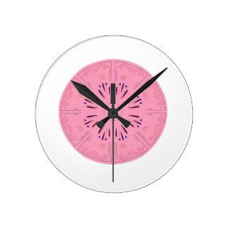 Rose tiré par la main de dessin original de horloge ronde