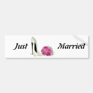 Roses de bouquet et cadeaux de stylet de mariage autocollant pour voiture