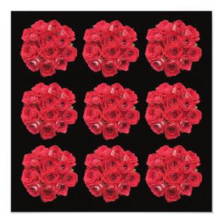 Roses épousant des invitations -- Roses rouges
