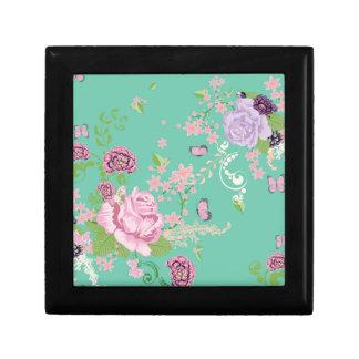 Roses et ornement 3 de papillons boîte à souvenirs