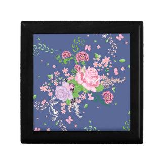 Roses et ornement 4 de papillons boîte à souvenirs