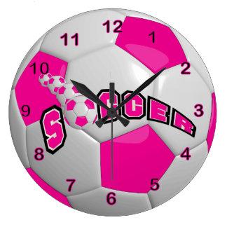 Roses indien du ballon de football   grande horloge ronde