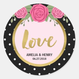 Roses noirs et blancs de point de polka épousant sticker rond