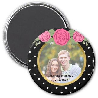 Roses noirs et blancs de pois épousant la photo magnet rond 7,50 cm
