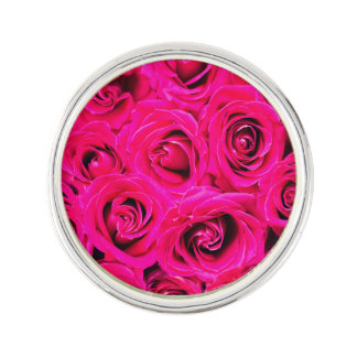 Roses pourpres roses romantiques pin's