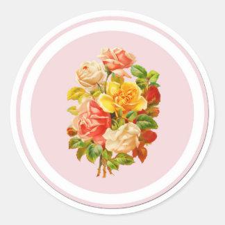 Roses roses de cru d'arrangement floral sticker rond