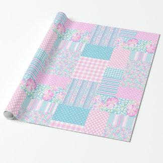 Roses roses, papillons : Patchwork Giftwrap de Papier Cadeau