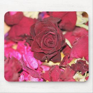 roses rouges secs tapis de souris