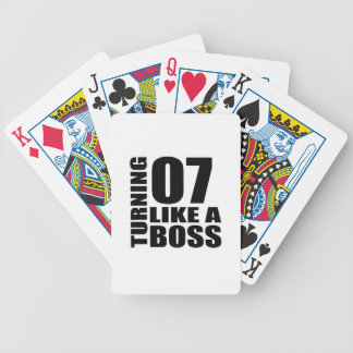 Rotation de 07 comme des conceptions d'un jeu de cartes