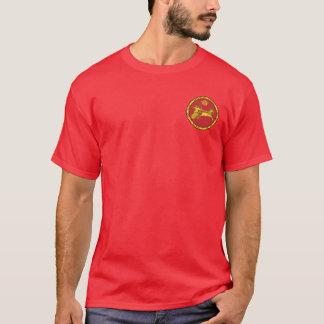Rouge assyrien d'empire et chemise ronde de joint t-shirt