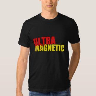 Rouge et jaune ultra magnétiques t-shirt